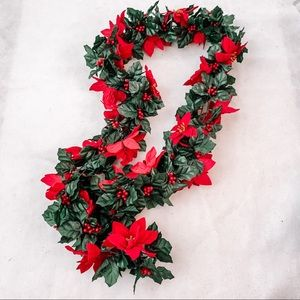 NWOT 42in Poinsettia Christmas Garland